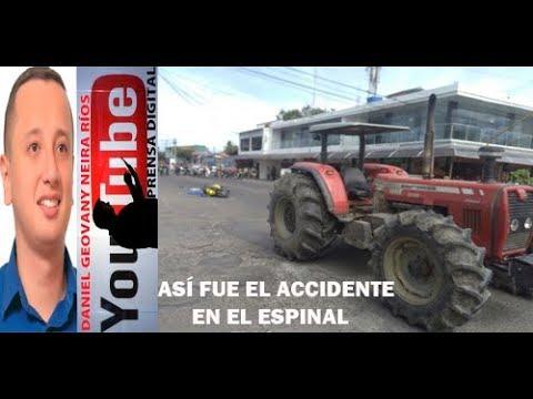 TRACTOR  PASA POR ENCIMA DE UNA MOTO EN EL ESPINAL