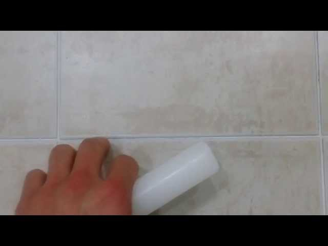 Life hack: Clever way to keep bathroom tiles clean