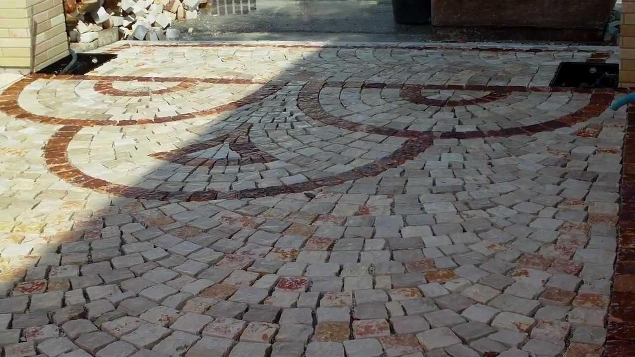 Plm pavimenti in pietra per esterni posa di sampietrini in porfido lecce taviano iphone 5 youtube - Posa piastrelle mosaico ...