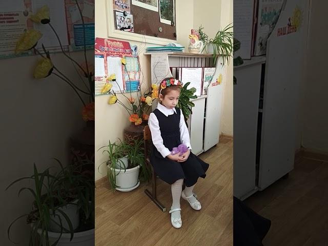 Изображение предпросмотра прочтения – АринаПущина читает отрывок изпроизведения «Баю-баюшки-баю» (Русский фольклор )