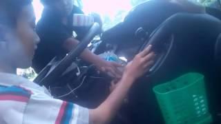 Mencet sendiri di bus agi(anugrah gemilang indonesia)
