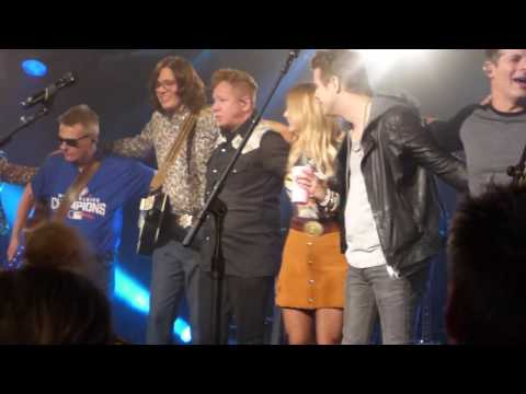 "Miranda Lambert-Live-""Hallelujah"""