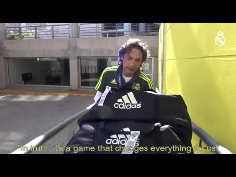 How do Real Madrid's kitmen prepare for a match?