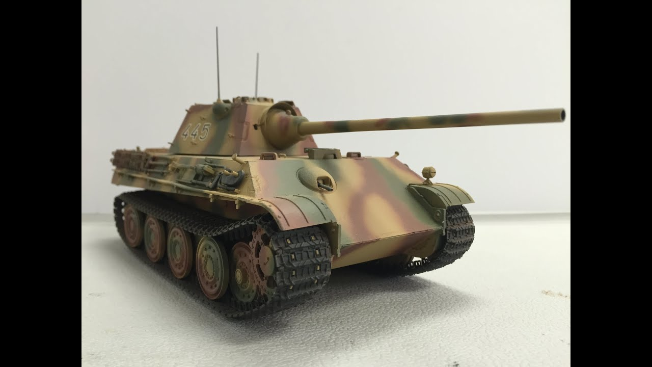 Painting German Camouflage with Tamiya Paint