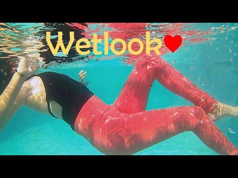 Anabel funn in the pool