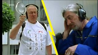 wie funktioniert das handy? frag doch mal die maus #merkelphone #nsa #merkel