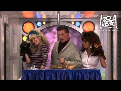 How I Met Your Mother - Beaver Hand Puppets | FOX Home Entertainment