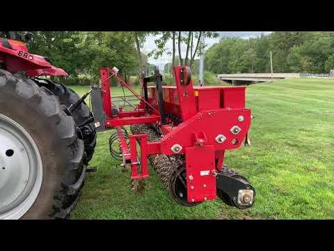 Brillion Alfalfa Grass Seeder SSP-12 3 Point Hitch