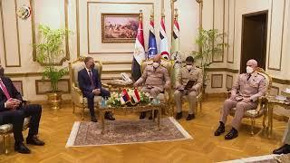 الفريق أول محمد زكى القائد العام للقوات المسلحة  يلتقى وزير دفاع جمهورية صربيا