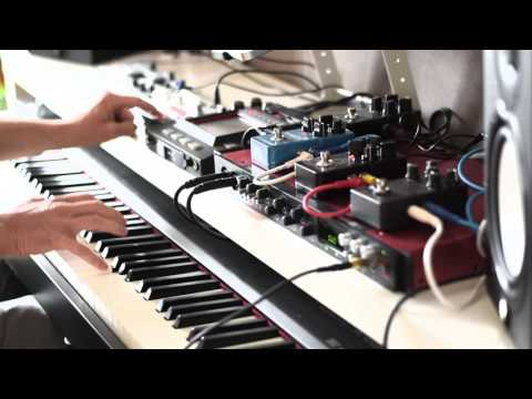 Making a piano ambient track with guitar pedals