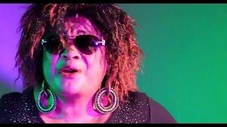 JEAN MARIE KASSAMBA SALUÉ PAR LES ARTISTES MUSICIENS CONGOLAIS