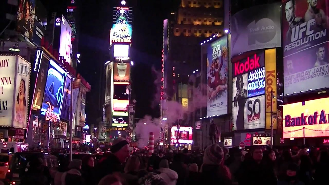 Times Square! Merry Christmas. - YouTube