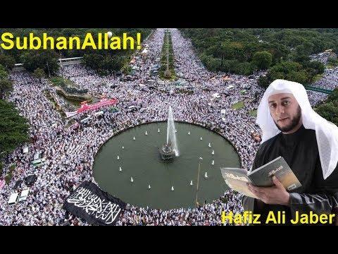 Reciting Quran before Millions of People SubhanAllah AMAZING!