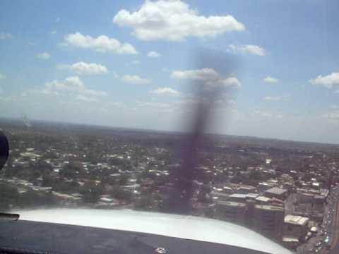 Aterrizaje en Valle de la Pascua (SVVP). Cessna 172N.