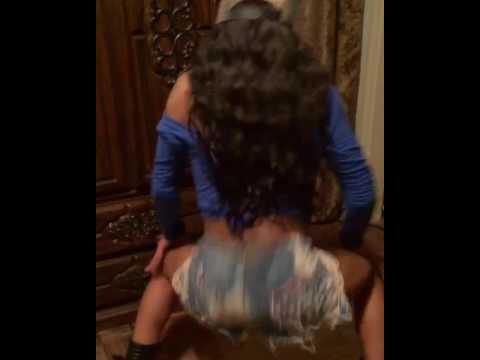 Twerking to  Vybz Kartel - Fever