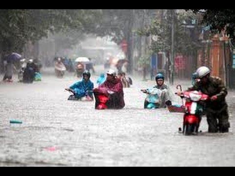 Lụt từ ngã tư đường phố - Táo quân 2009