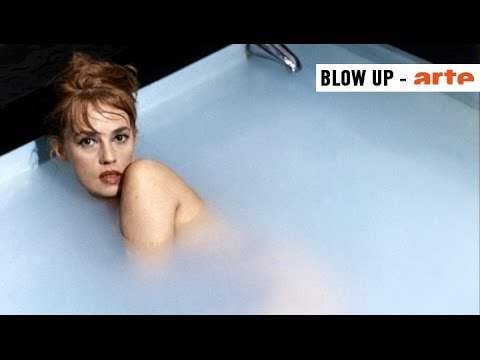 la salle de bains au cin ma blow up arte youtube. Black Bedroom Furniture Sets. Home Design Ideas