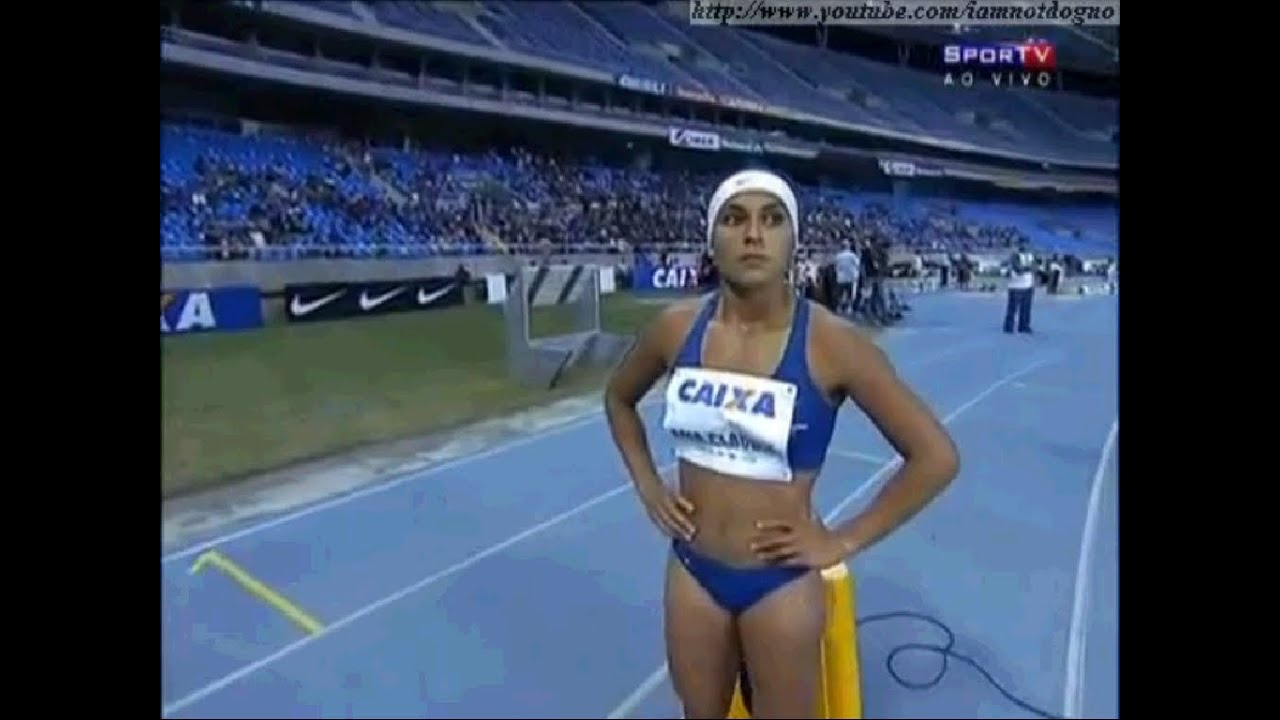 Ana Claudia Silva nackt