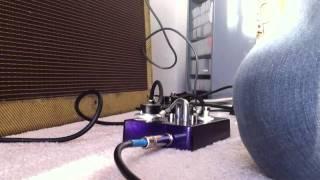 DIY feedback looper - oscillating delay