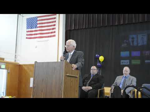 Former Idaho governor Phil Batt receives award in Wilder