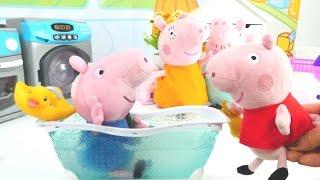 Игры Свинки Пеппы - Свинка Пеппа купает Джорджа