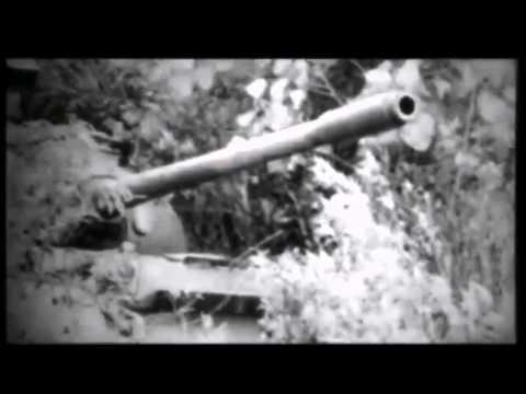 Bản sao của Hai chiếc xe tăng tiến vào dinh Độc Lập 40 năm trước
