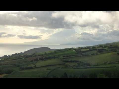 Kasper haut sich was rein....    Pilar da Bretanha,  Azoren, 22.08.2016