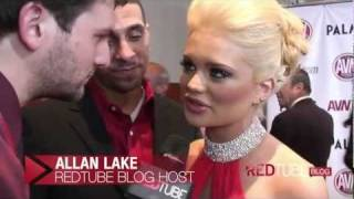 RedTube at the AVN Awards - Allan Lake hits on the pornstars on the red carpet