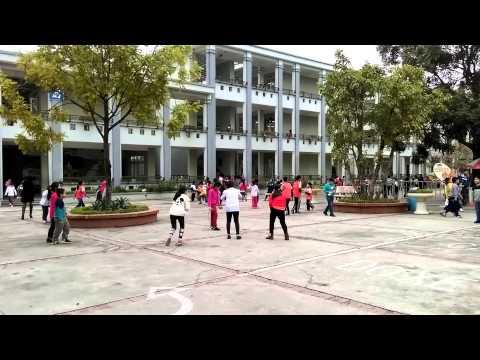 Trường tiểu học Gia Thụy - giờ ra chơi ngày 30-12-