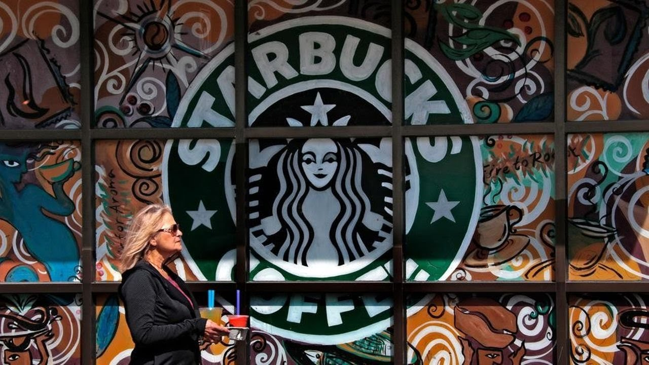 Starbucks launches co-branded Visa credit card