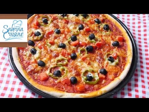 صورة  طريقة عمل البيتزا بيتزا سهلة و سريعة ( بيتزا المارجريتا ) رائع المذاق - Sabrina Cuisine طريقة عمل البيتزا من يوتيوب