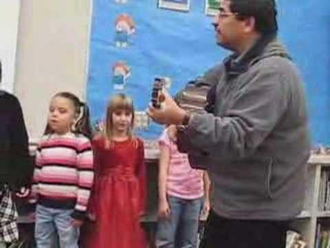 Meridian Park Elementary School Spanish Concert: Song 3