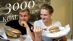 YLIPÄÄLLIKKÖ 3 000 KCAL Hampurilainen