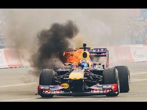 Льюис Хэмилтон׃ Формула 1 против Супербайка YAMAHA R1M