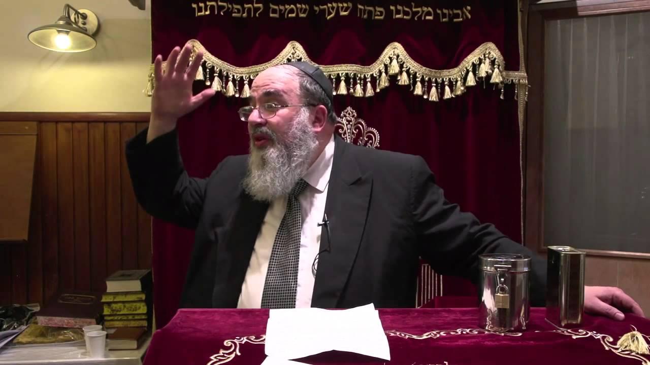 Dayan Y. Lichtenstein Saying A Hesped For Rav Elyashiv In Amsterdam 6 Av 5772