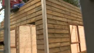Wendy House Building (time Lapse)