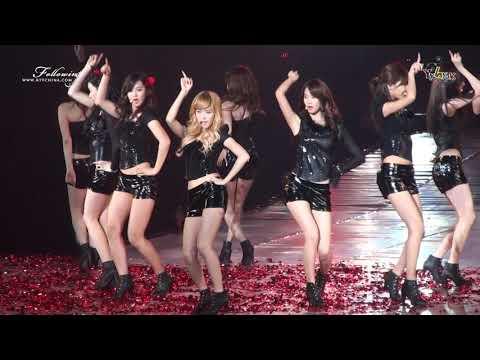 GIRLS' GENERATION ( 소녀 시대 ) - Chocolate Love ( 초콜릿 사랑 )( LIVE PERFORMANCE )