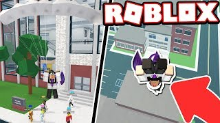 SKYDIVING INTO MY HIGHSCHOOL CLASSROOM!!! (Roblox Roleplay)