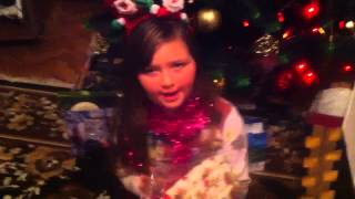 Первое видео Открываем подарки