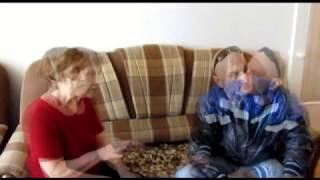Бабушка и Алабай(Бросается на собак,тянет поводок)