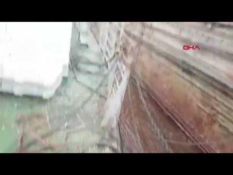 Tuzla'da Tersanede Vinçin Devrilme Anı Kamerada