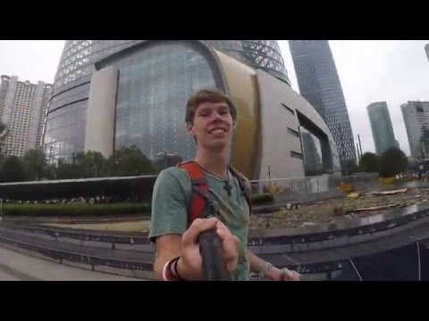 China  First glance walking in Downtown Shanghai Pt 1