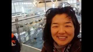 羽田空港 の CAFE CARDINAL で ストロベリー ミルクフロート