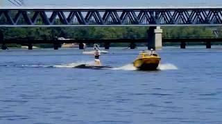 видео Водные лыжи, экипировка для воднолыжного спорта
