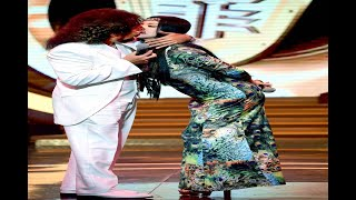 田麗奶貼激吻 張菲漏氣軟掉被飆罵:給我站好!