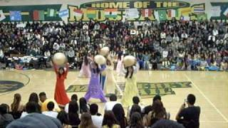 mths asian club 2007 vietnamese hat dance