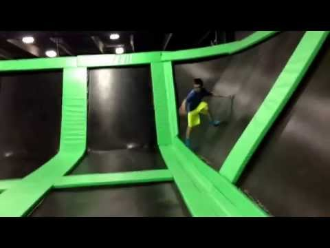 Extreme Air Indoor Trampoline Park So Much Fun Hank25