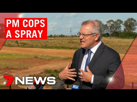 Prime Minister Scott Morrison told to get off man's lawn mid-press conference | 7NEWS
