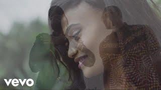 Смотреть клип Mohombi Ft. Fally Ipupa - Zonga Mama