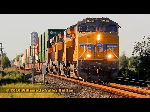 Railfanning the Willamette Valley - Summer in Shedd, Oregon